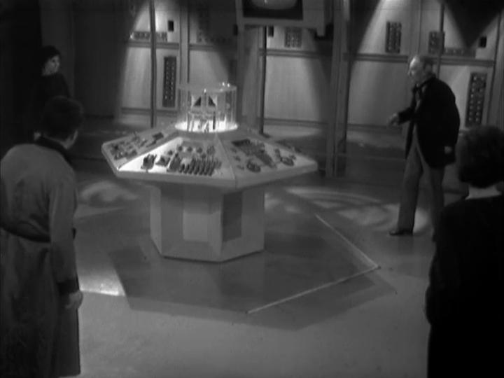 1-03 Inside the Spaceship (ou the Edge ofDestruction)